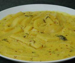 Aloo Palda (Potatoes in yogurt gravy)